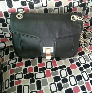 Crossbody. MAIDEN girl    BLACK  gold chain bag